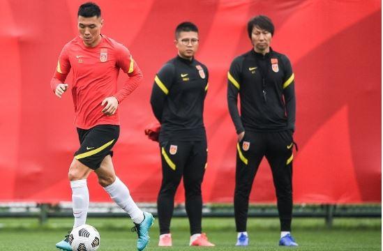 【世界杯】合乐运营数据:国足抵达沙迦,教练团休整策略引争议!